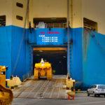 Loading mesin ke dalam kapal